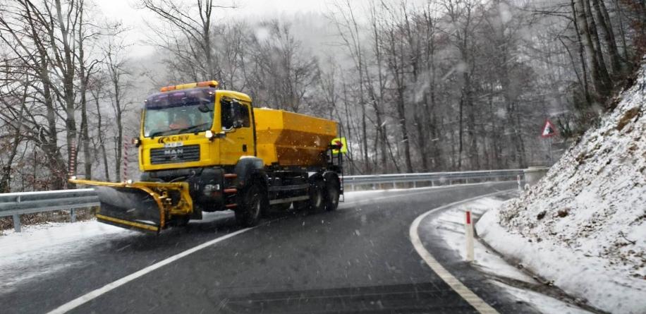 Traficul în zonele de deal și de munte, monitorizat de Comitetul Județean pentru Situații de Urgență