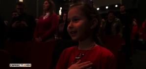 Imnul Romaniei în spectacolul dedicat sărbătoririi Zilei Naționale de la Teatrul Municipal