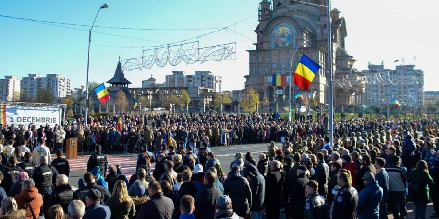 Aproape 10.000 de oameni au asistat la parada de 1 Decembrie (GALERIE FOTO)