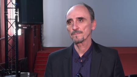 """""""Fără valori adevărate, societatea noastră își va pierde sensul"""" – atrage atenția Radu Botar, interpretul cardinalului Iuliu Hossu"""