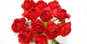 Atelier de făcut trandafiri din hârtie