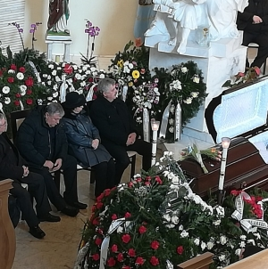 """""""Decebal Traian Remeș, unul dintre puținii bărbați demni și dârji pe care i-a mai avut România ultimului deceniu al secolului XX"""""""