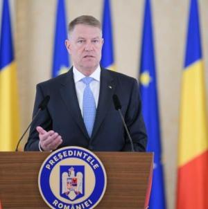 """Klaus Iohannis: """"Urmează săptămâni critice pentru noi. Românii din Diaspora să nu vină acasă de Paște, oricât de greu ar fi"""" (VIDEO)"""